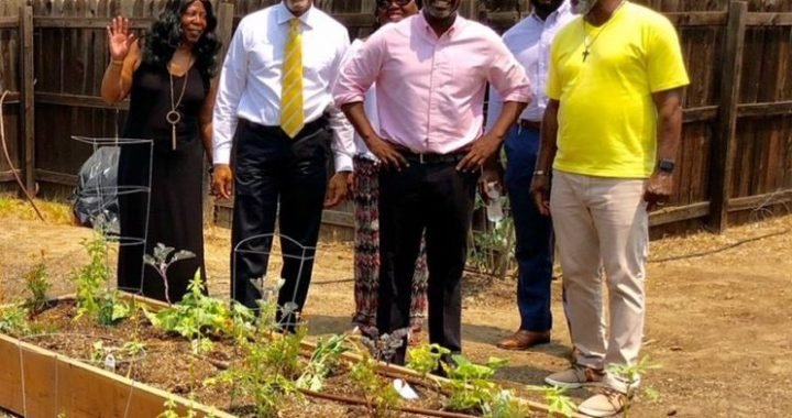 Councilman Marqueece Harris-Dawson tours the community garden at St. Mark's United Methodist Church. (courtesy photo)