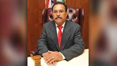 Former Maywood Mayor Ramon Medina